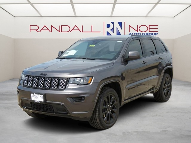 New 2017 Jeep Grand Cherokee Altitude 4d Sport Utility In Terrell